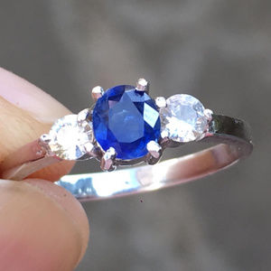 Natural Blue Sapphire Three stone white gold ring